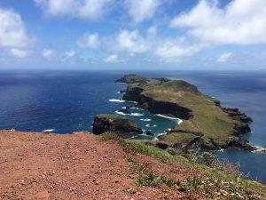 Wow! Bis zum letzten Ende des Inselzipfels kommen wir nicht, doch ist auch dieser Blick schon umwerfend. São Lorenço at its best.