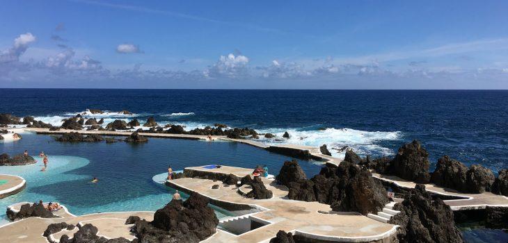 Die Naturbecken von Porto Moniz auf Madeira laden zum Schwimmen ein.