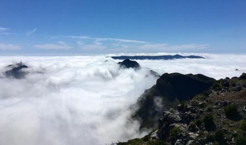 Ausblick vom Pico Ruivo auf Madeira